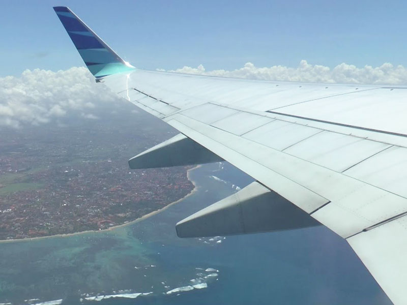 Get to Lombok via flight