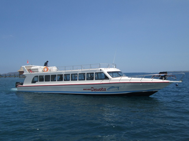 Fast boat from Padangbai harbor Bali to Senggigi Port Lombok